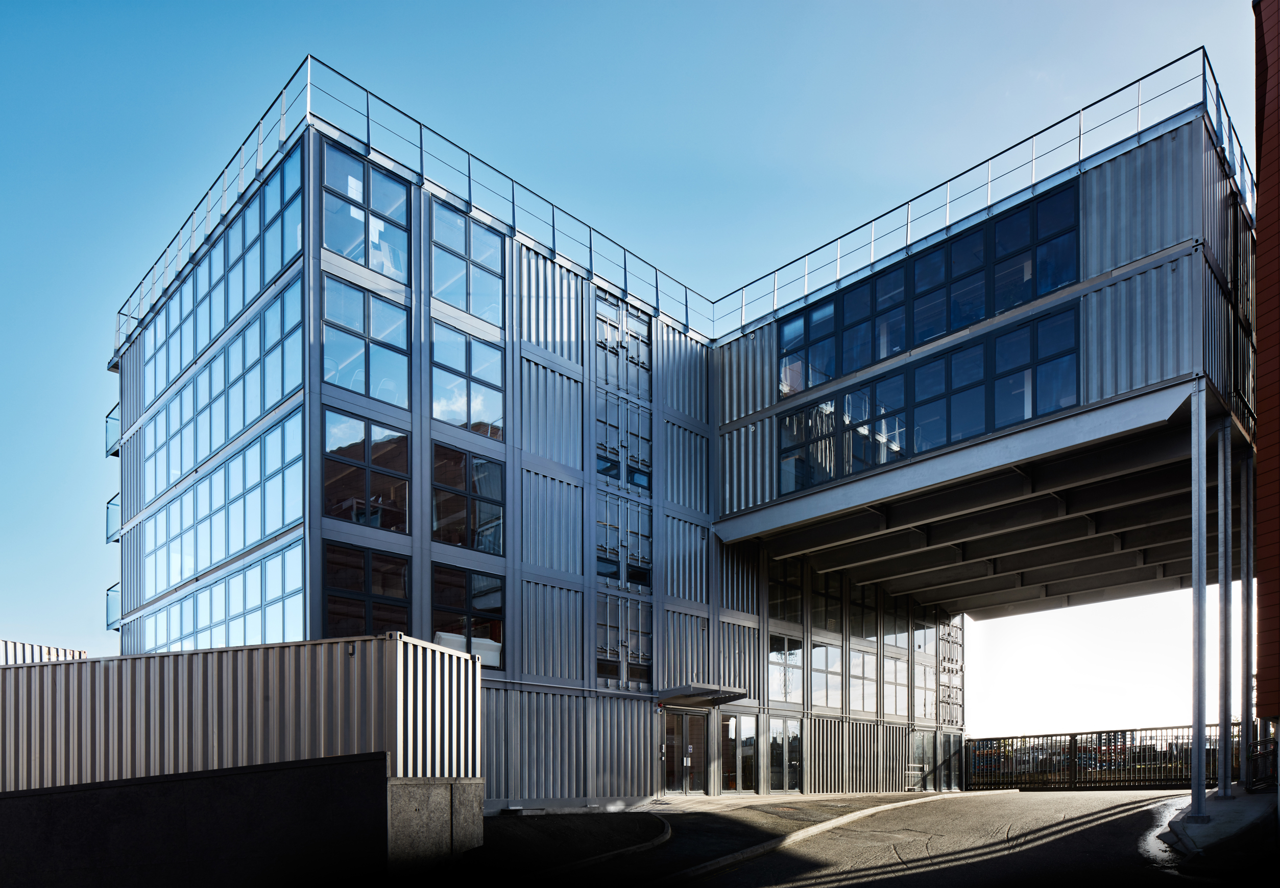 02-roundhouse-urban-space-management-photo-tom-carter