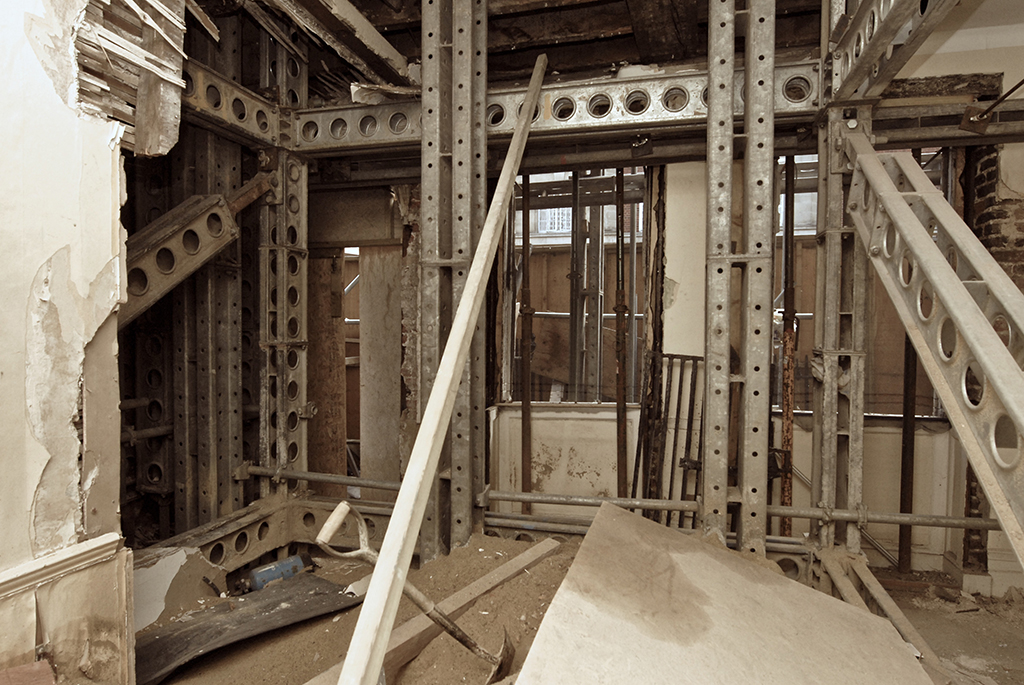 565 Construction 01-WEB